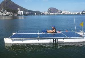 O catamarã da Escola Técnica Estadual Henrique Lage tem quatro módulos solares Foto: Divulgação/Faetec