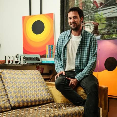 Tiago de Barros é neto de Manoel de Barros, um dos maiores poetas brasileiros Foto: Brenno Carvalho / Agência O Globo