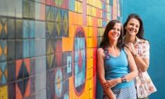 As irmãs Bia (à esquerda) e Andrea Jabor fizeram juntas a Casa 38, no Humaitá Foto: Divulgação/Renato Mangolin