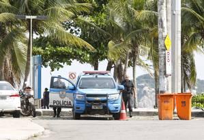 Viatura da PM no Jardim Ocêanico. Foto Marcos Ramos / Agência O Globo. Foto: Marcos Ramos / Agência O Globo