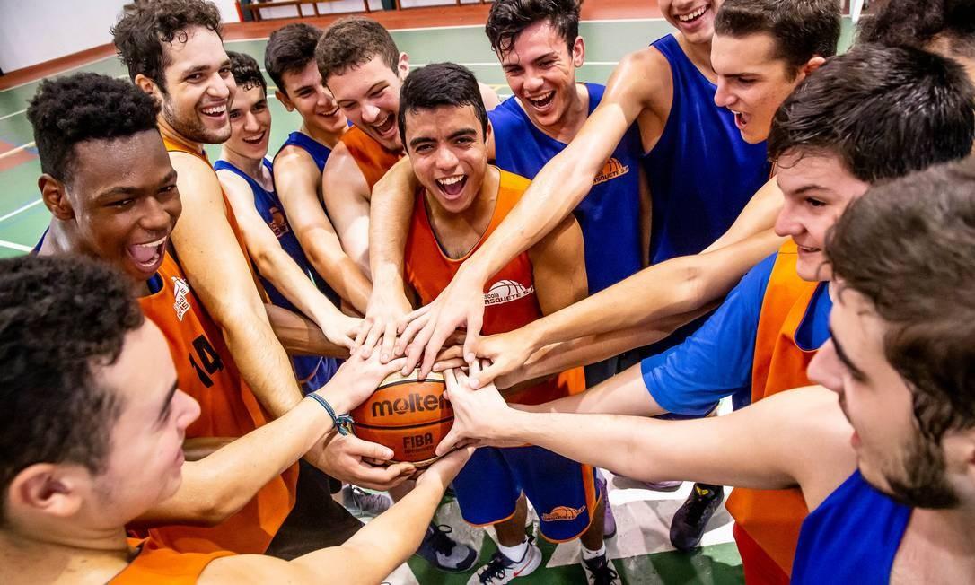 Os alunos que se destacarem na NBA Basketball School, poderão fazer teste em outros clubes Foto: Leila Lossilla/Divulgação / Leila Lossilla/Divulgação