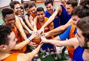 Os alunos que se destacarem na NBA Basketball School, poderão fazer teste em outros clubes Foto: Leila Lossilla/Divulgação