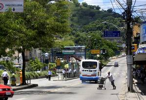 Trecho da Alameda São Boaventura em direção a São Gonçalo Foto: Luiz Ackermann/12-2-2012