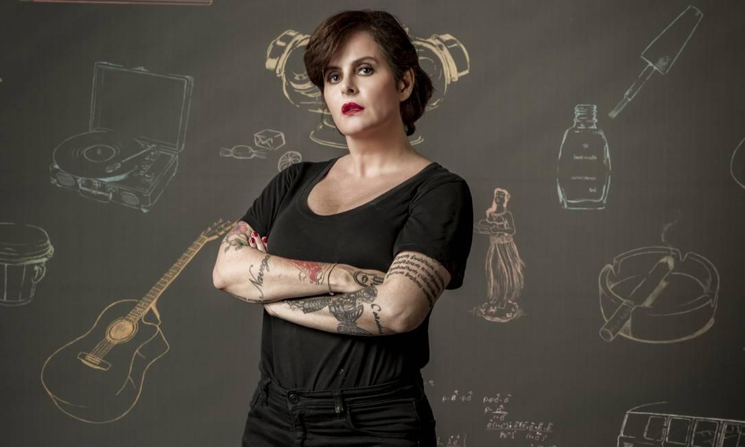 E escritora e roteirista Fernanda Young Foto: Divulgação/Estevam Avellar