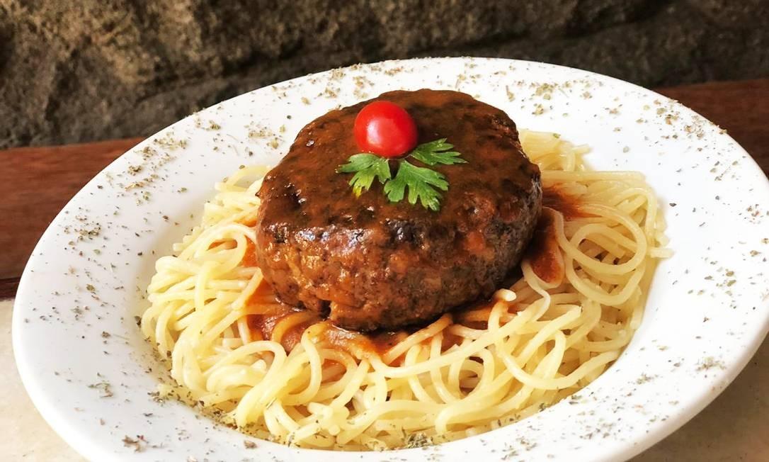 Barthodomeu. O restaurante oferece receitas por R$ 19,90, como o polpetone com macarrão Foto: Divulgação