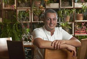 Depois de 16 anos fora do Brasil, Rafael Gomes abriu seu primeiro restaurante no país Foto: Selmy Yassuda / Divulgação