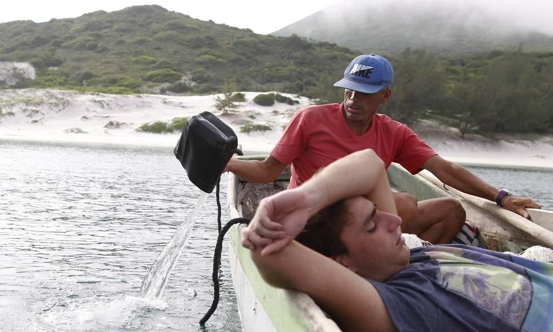 Edileia, a canoa trazida da Bahia há mais de 50 anos, é uma homenagem a filha mais velha da família Pedro Teixeira / Agência O Globo