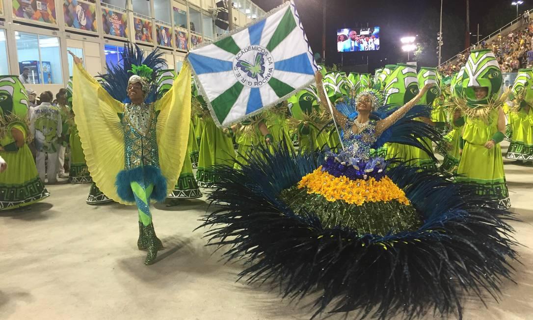 Acadêmicos da Rocinha abre a noite de desfiles na Sapucaí Guilherme Ramalho/O Globo