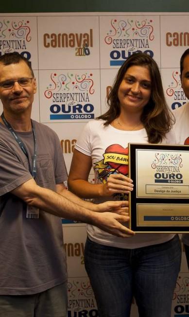 Bloco Desliga da Justiça, vencedor na categoria Camiseta Analice Paron/Agência O Globo
