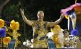 Unidos da Tijuca abriu segundo dia de desfiles do Grupo Especial homenageando o ator Miguel Falabella
