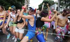 A brincadeira com o culto a boa forma, segundo os foliões, é na verdade para mostrar que há beleza em todos os corpos Foto: Marcia Foletto / O Globo