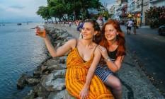 Lilian Caiado e Raquel Bonelli escolheram a pobreta da Urca para celebrar despedida e aniversário Foto: Marcelo Regua / Agência O Globo