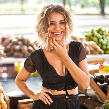 A cantora Júlia Vargas Foto: Marcos Hermes / Divulgação
