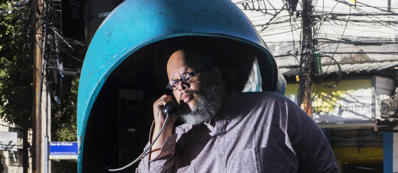 No repertório do multi-instrumentista, 'Manoel' e 'Fora da Lei' Foto: Divulgação / Luan Lopez