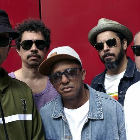 Nação Zumbi prepara lançamento do disco 'Radiola NZ' Foto: Dovilé Babraviciuté / Divulgação