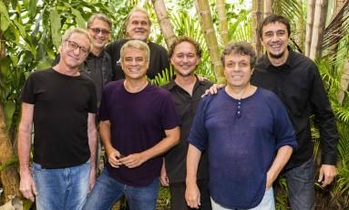 O septeto Banda Zil Foto: Victor Carvalho / Divulgação