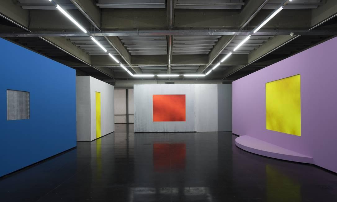 Em sua primeira individual num museu, o britânico Christopher Page apresenta a instalação 'Blind Gallery'. Até 18 de fevereiro Foto: Divulgação