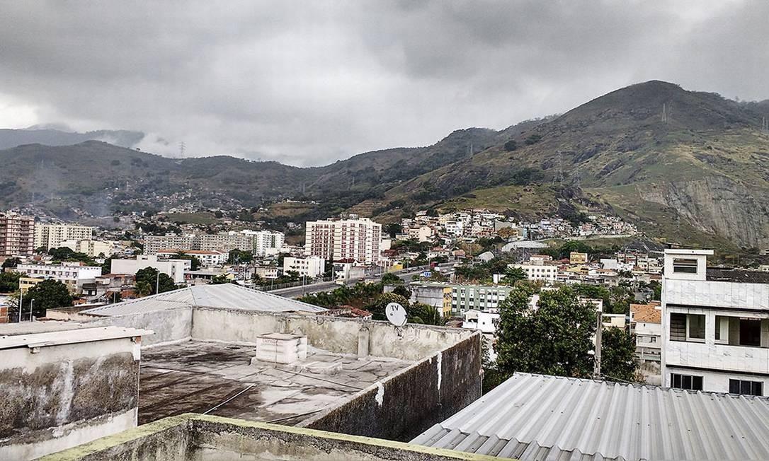 Ao todo, foram reunidas cerca de 250 imagens de uma cidade menos conhecida pelo carioca. Na foto, vista do bairro do Encantado Foto: Kamilla
