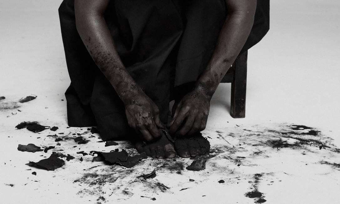 A mostra é dividida em quatro partes: Ecos da História, Corpos e Retratos, O Drama Urbano e Explosões Musicais Foto: Divulgação