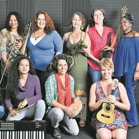 O grupo feminino Orquestra Lunar Foto: Mariza Lima / Divulgação