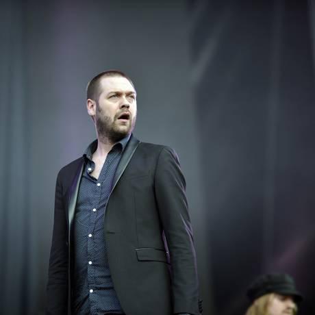 Tom Meighan, vocalista do Kasabian, que toca sexta no KM de Vantagens Hall Foto: Lucas Tavares / Agência O Globo