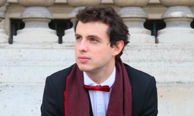 O pianista Leonardo Hilsdorf Foto: Maria Calfopoulos / Divulgação