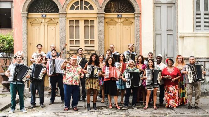 Marcelo Caldi e a Orquestra Sanfônica Foto: Cyntia Santos / Divulgação