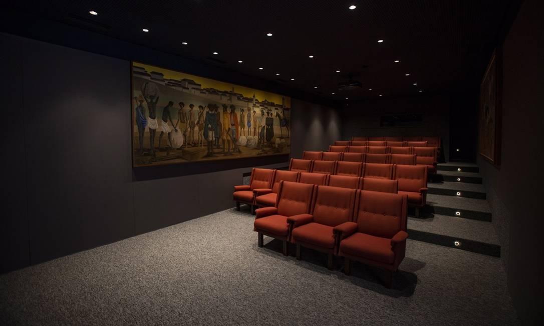 A sala de cinema do instituto, que terá oficias e cursos sobre temas relacionados a arte Alexandre Cassiano / Agência O Globo