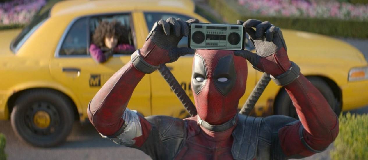 """Ryan Reynolds em cena de """"Deadpool 2"""" Foto: AP"""