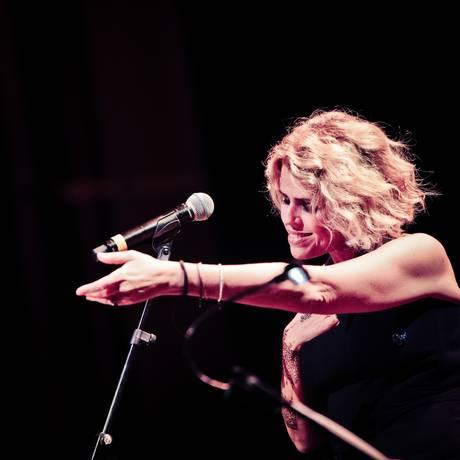 A cantora italiana Tosca Donati Foto: Simone Cecchetti / Divulgação
