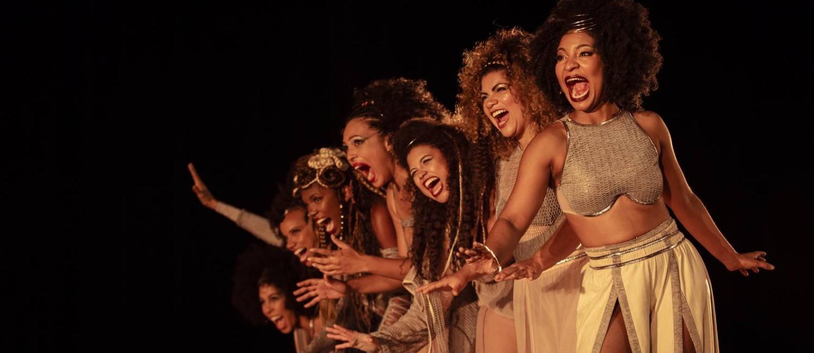 Cena do musical 'Elza' Foto: Leo Martins / Agência O Globo