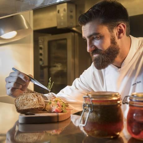Chef Bruno Katz, do Restaurante Nosso Foto: Ana Branco / Agência O Globo