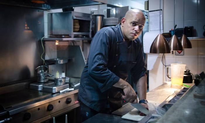 Chef Fabrício Lemos, do restaurante Origem, em Salvador Foto: Leo Martins / Agência O Globo