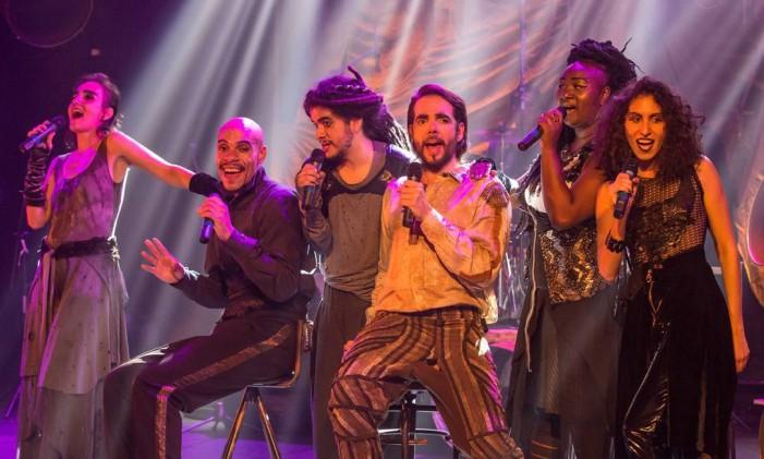 Cena do musical 'Amor barato — O Romeu e Julieta dos esgotos' Foto: João Caldas / Divulgação
