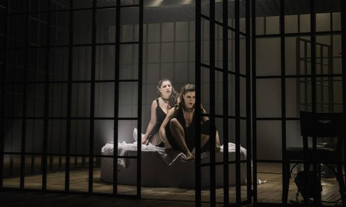 Cena da peça 'A serpente' Foto: Leekyung Kim / Divulgação