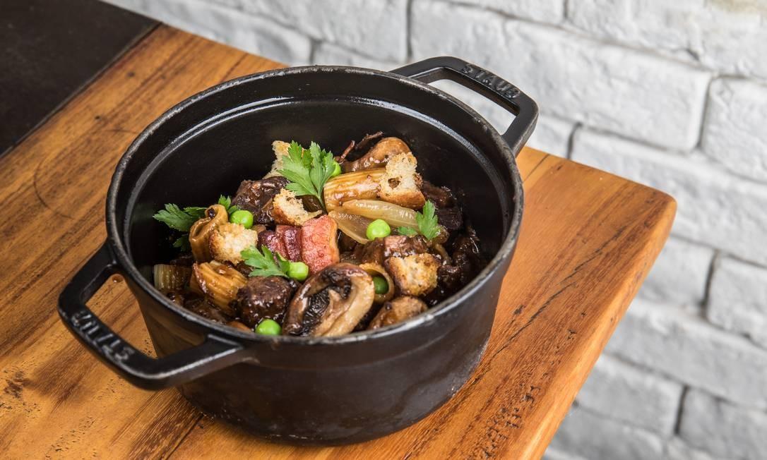 Chez Claude tem menu renovado com frequência Foto: Tomas Rangel