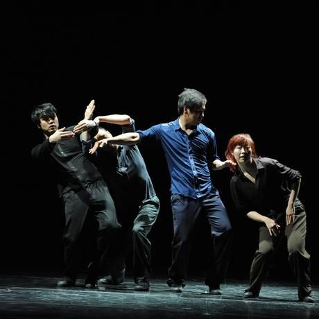 O grupo sulcoreano Ahn Sooyoung Company Foto: Divulgação