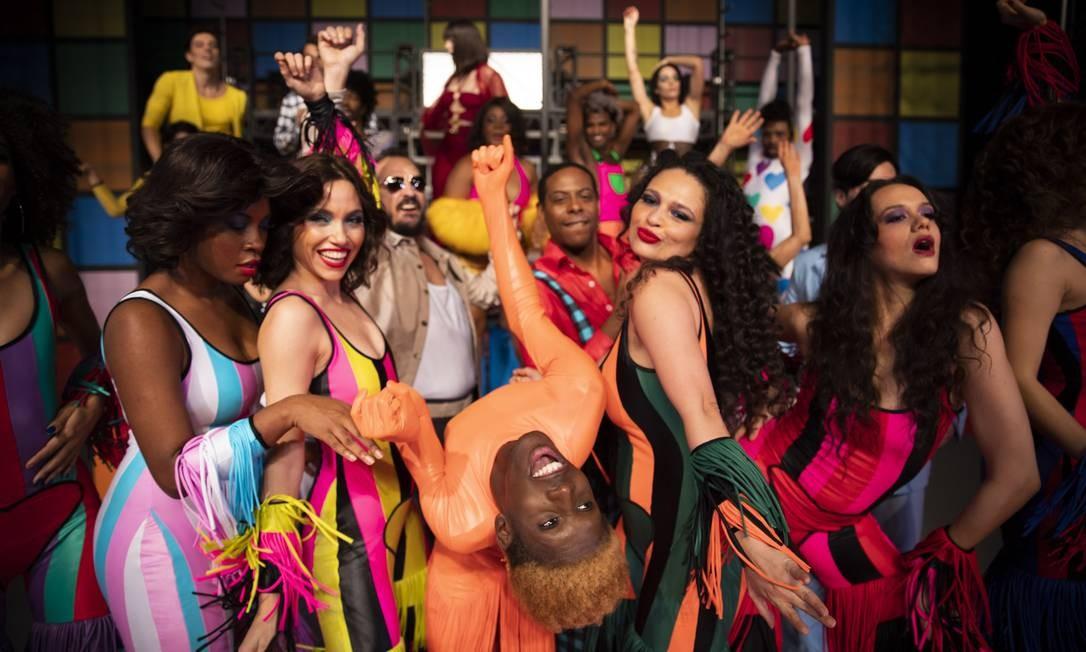 Cenal do musical 'O frenético Dancin' Days' Foto: Leo Aversa