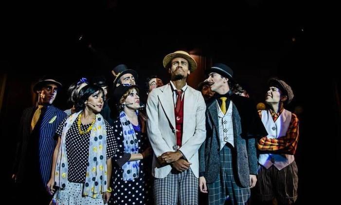 """Montagem da peça """"O primo da Califórnia — Uma comédia musical' Foto: Dan Sabino / Divulgação"""