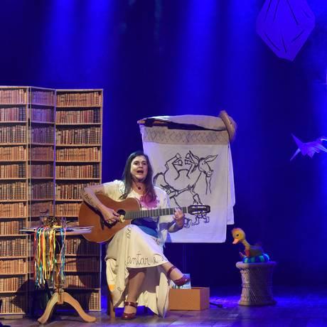 A cantora relembra sucessos da carreira Foto: Divulgação/Paulo Rodrigues