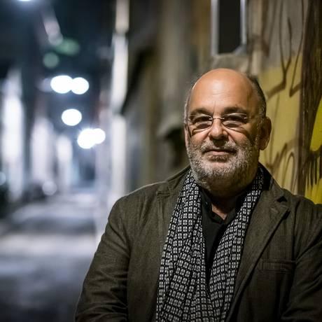 O violoncelista Jaques Morelenbaum Foto: Roberto Cifarelli / Divulgação