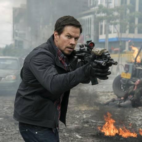 """Mark Wahlberg no filme """"22 milhas"""" Foto: Divulgação"""