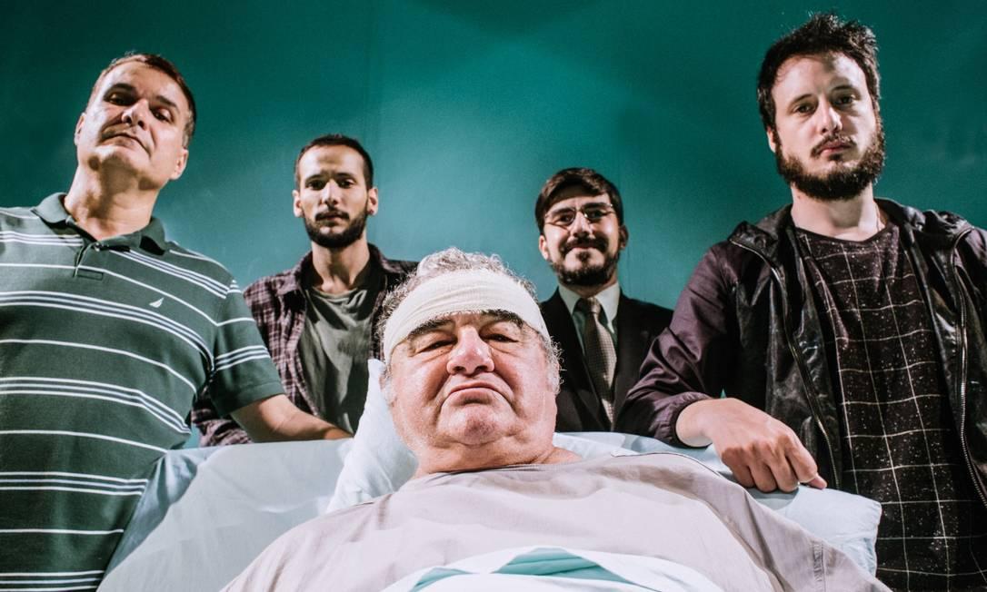 Otávio Augusto em cena de 'A tropa', em que interpreta um doente terminal Foto: Divulgação