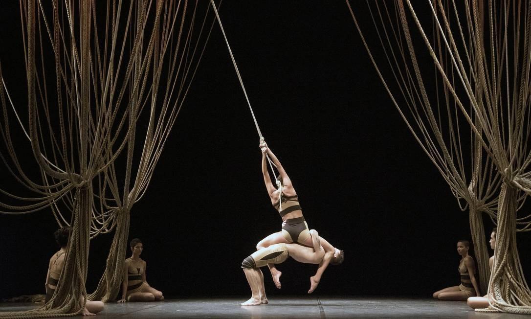 """Cena do espetáculo """"Nó"""", da Cia de Dança Deborah Colker Foto: Divulgação"""