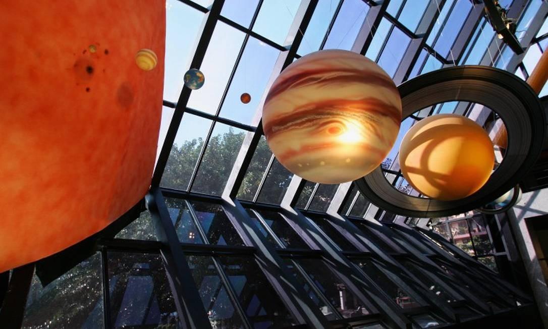 Sistema Solar reproduzido na entrada do Museu do Universo, no Planetário Foto: Marco Antônio Teixeira / Marco Antônio Teixeira