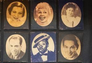 Quadros de grandes estrelas que passaram pelo Teatro Rival Foto: Brenno Carvalho / Agência O Globo