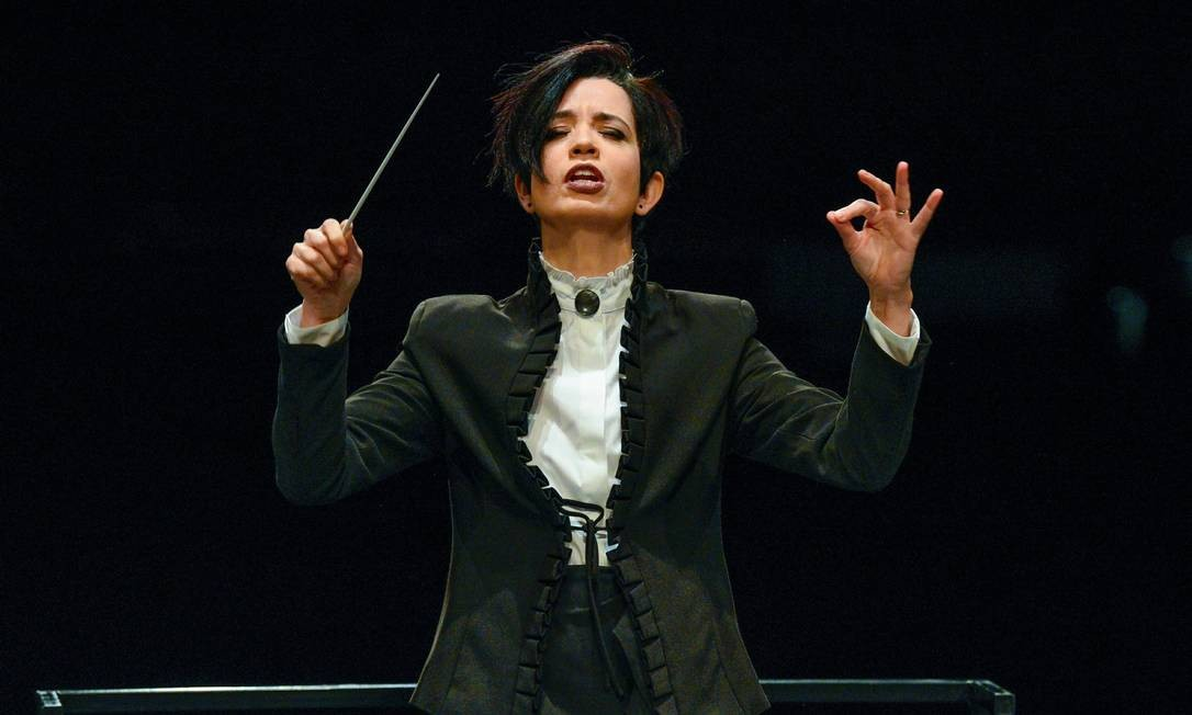 A regente e pianista Priscila Bomfim Foto: Divulgação