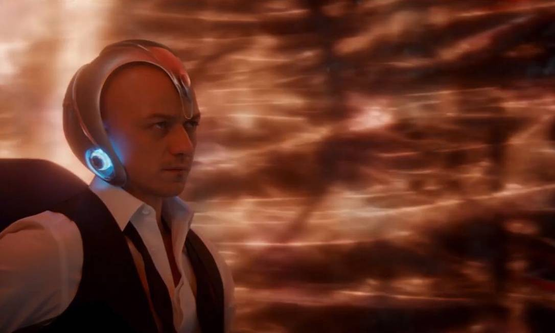 James McAvoy como o Professor Charles Xavier: é a terceira vez que ator raspa a cabeça para interpretar o personagem Foto: Divulgação