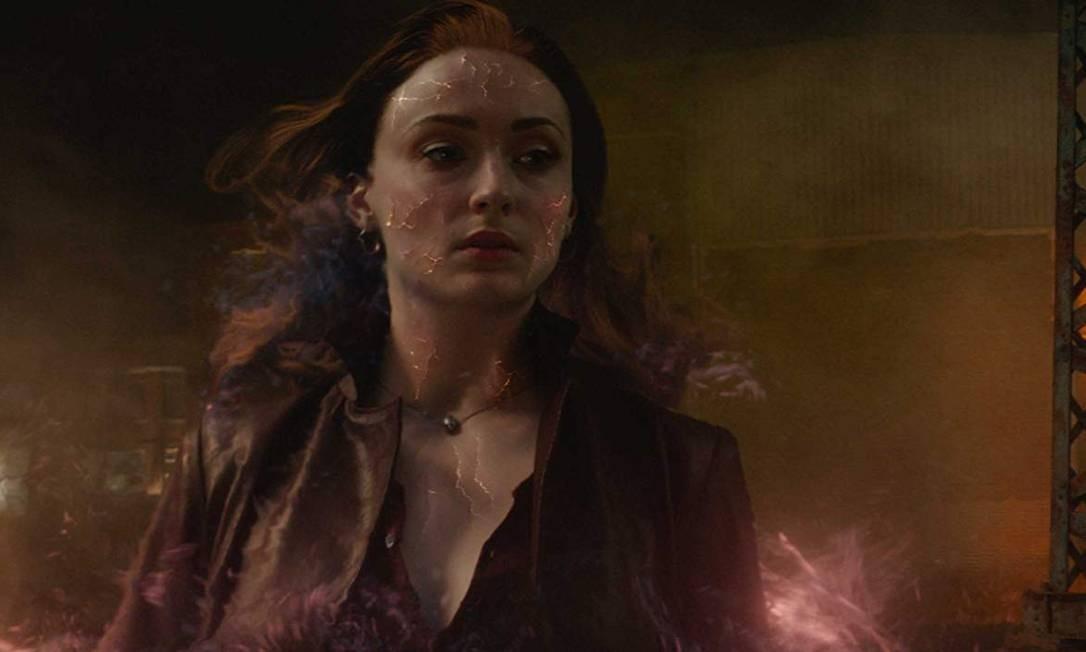 Antes de Sophie Tuner, o papel de Jean Grey/ Fênix Negra foi interpretado pela atriz Famke Janssen Foto: Divulgação