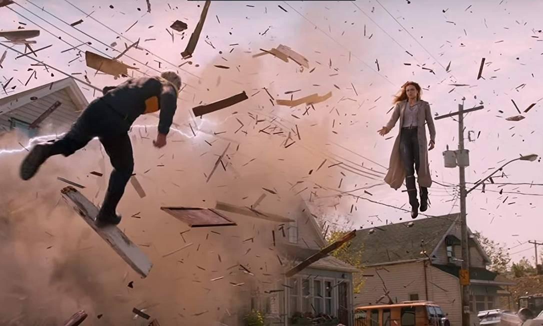 Sophie Turner em cena com Evan Peters Foto: Divulgação
